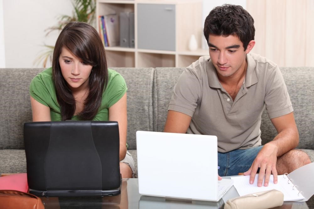Working from Home with Your Partner Made Comfortable